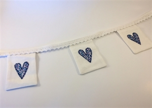 Picture of Linen Mini Bunting - White/Blues